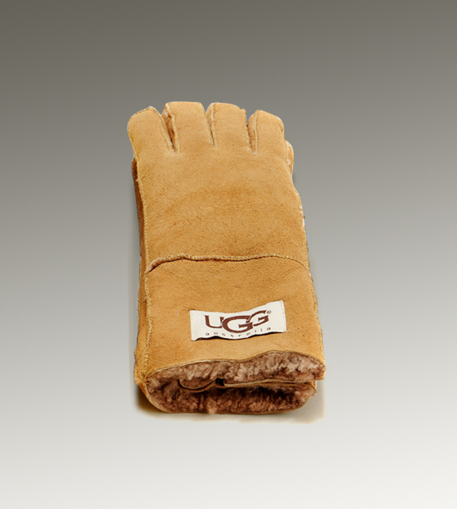 UGG Turn Cuff 6740 Camel Glove