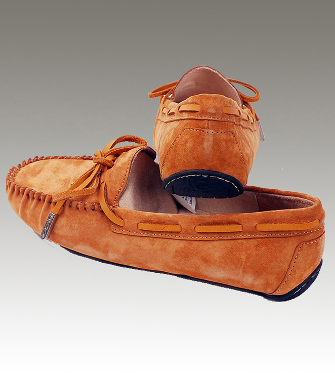 UGG Dakota 1650 Chestnut Slippers